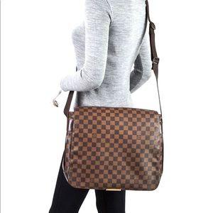Authentic Louis Vuitton Bastille Ebene Damier bag